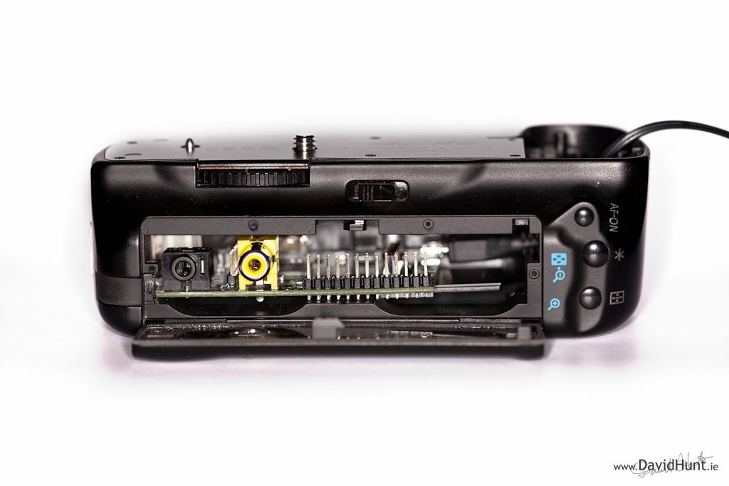 Raspberry Pi inside Canon battery grip